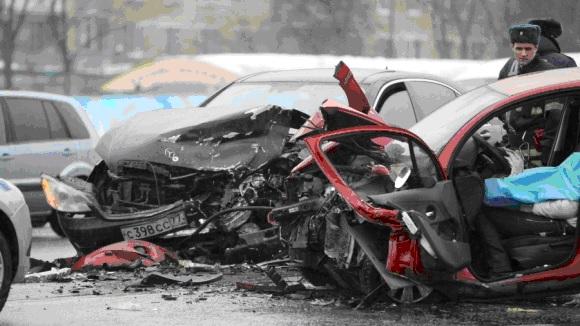 Какой автомобиль безопаснее